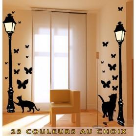 Stickers Thème Ville Réverbère, Chat et papillon - hauteur 2 métrés